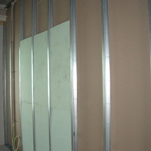 Trywall in metal stud partition wall